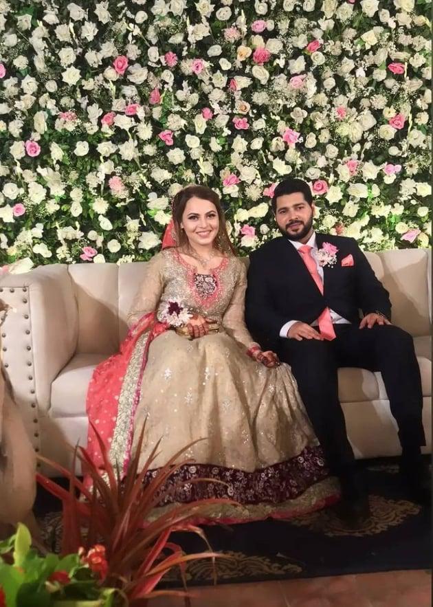 shagufta-ejaz-daughter-haya-ali-got-engaged-to-talha-chaudhry (4)