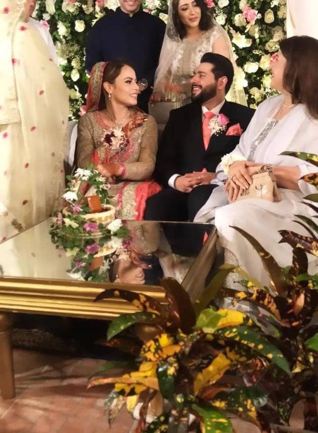 shagufta-ejaz-daughter-haya-ali-got-engaged-to-talha-chaudhry (7)