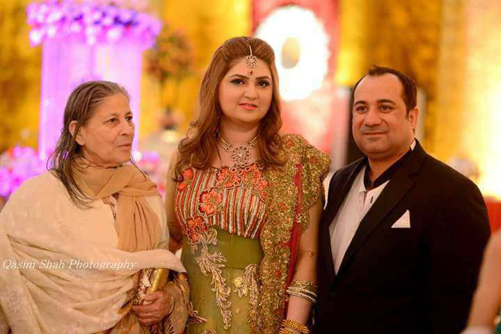 Rahat Fateh Ali Khan with his wife and mother