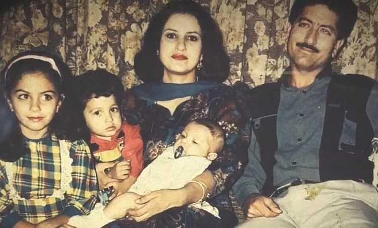 Saba Faisal with her Husband and Kids