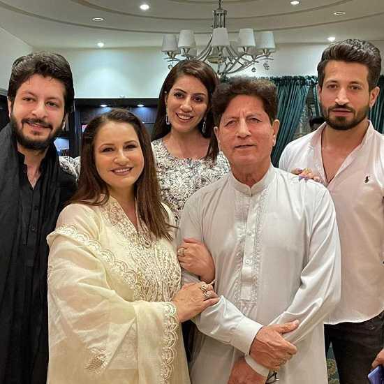 Saba Faisal family photo